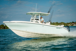 2016 - Century Boats - 2901 Center Console