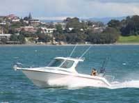 2012 - Challenger Boats - Challenger 720 S Petrol Hardtop