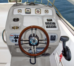 2009 - Chaparral Boats - Signature 270