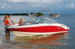 2010 - Chaparral Boats - 216 SSi