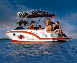 2010 - Chaparral Boats - 224 Xtreme