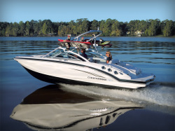 2011 - Chaparral Boats - 226 SSi