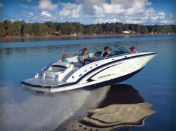 2011 - Chaparral Boats - 244 Sunesta