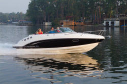 2012 - Chaparral Boats - 225 SSi