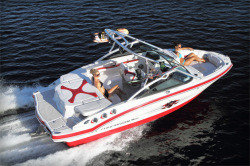 2012 - Chaparral Boats - 204 Extreme