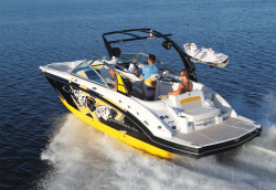 2012 - Chaparral Boats - 244 Extreme