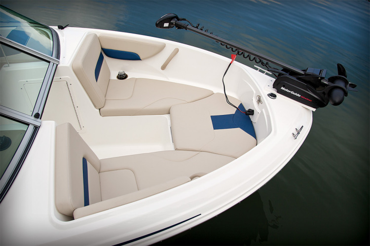 l_18sf_bowseating_14
