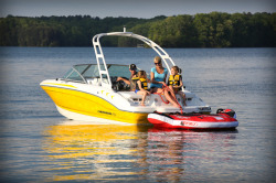 2015 - Chaparral Boats - 18 Sport  H2O