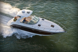 2015 - Chaparral Boats - 370 Signature