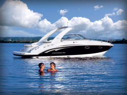 2015 - Chaparral Boats - 285 SSX