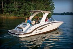 2016 - Chaparral Boats - 264 Sunesta WT Sportdeck