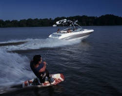 Chaparral Boats 210 SSi Bowrider Boat
