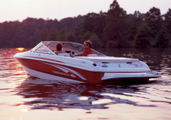 Chaparral Boats 180 SSi Bowrider Boat