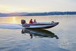 2015 - Charger Boats - 195