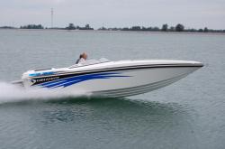 2012 - Checkmate Boats - Convincor 270