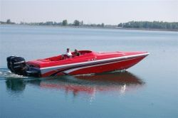 2020 - Checkmate Boats - Convincor MX-2800