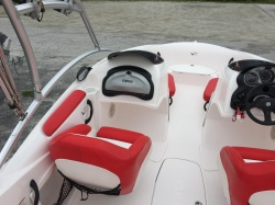 2006 - Four Winns Boats - 240 Horizon