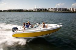 2011 - Cobia Boats - 215 Dual Console