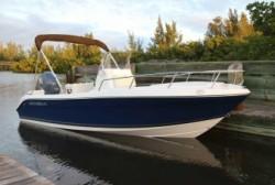 2013 - Cobia Boats - 194 CC