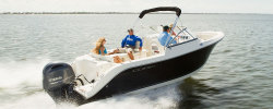 2014 - Cobia Boats - 220 Dual Console