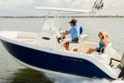 2015 - Cobia Boats - 201 CC