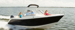 2019 - Cobia Boats - 220 Dual Console