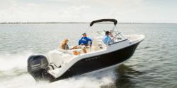 2021 - Cobia Boats - 220 Dual Console