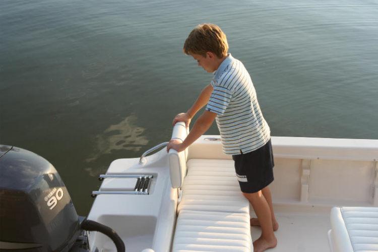l_Cobia_Boats_-_186_CC_2007_AI-251969_II-11505877