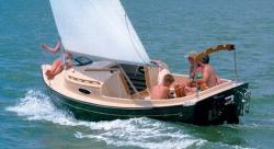 2013 - Com-Pac Yachts - Suncat