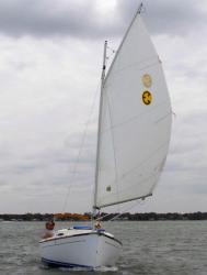 Com-Pac Yachts - Sunday Cat