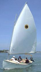 2017 - Com-Pac Yachts - Sun Cat Daysailer