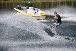 2013 - Correct Craft Nautique - Ski Nautique CB