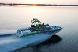 2013 - Correct Craft Nautique - Super Air Nautique 230