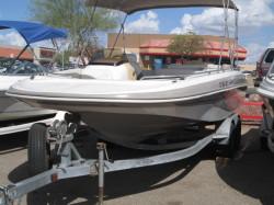 2001 - Tahoe Boats - 202 IO