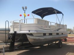 2004 - Sun Tracker by Tracker Marine - Party Barge 21