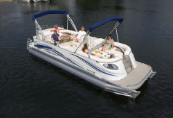 2009 - Crest Pontoon Boats - 25 Savannah LS  LST