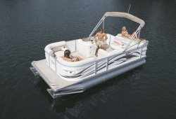 2011 - Crest Pontoon Boats - 20 Crest II LE