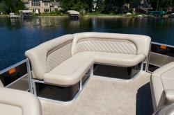2012 - Crest Pontoon Boats - 210 Wave Sunsport