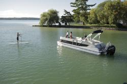 2014 - Crest Pontoon Boats - Caribbean 250 SLR2