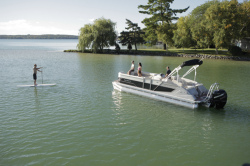 2014 - Crest Pontoon Boats - Savannah 230 SLR 2