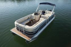 2015 - Crest Pontoon Boats - Classic 230