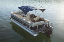 2015 - Crest Pontoon Boats - Classic 230 SL