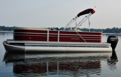2015 - Crest Pontoon Boats - Crest I 20 Foot