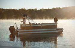 2015 - Crest Pontoon Boats - Crest II Fish 190 C4
