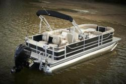 2015 - Crest Pontoon Boats - Crest III Fish 190 FC