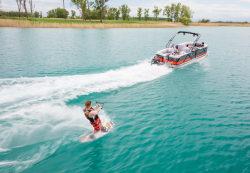 2017 - Crest Pontoon Boats - Caliber 250 SLC