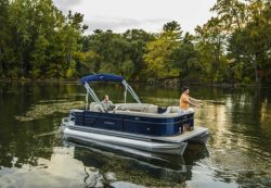 2018 - Crest Pontoon Boats - Crest I Fish 220 SF