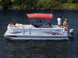 Crest Boats 22 Prp R  LE Pontoon Boat