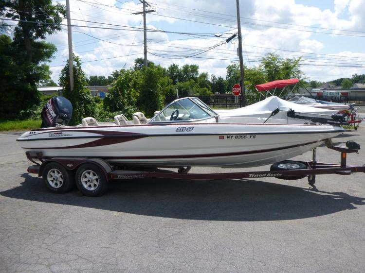 Triton   New and Used Boats for Sale