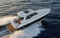 2017 - Cruisers Yachts - 48 Cantius